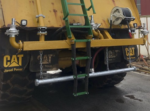 36,000L Caterpillar Artic Water Cart 5