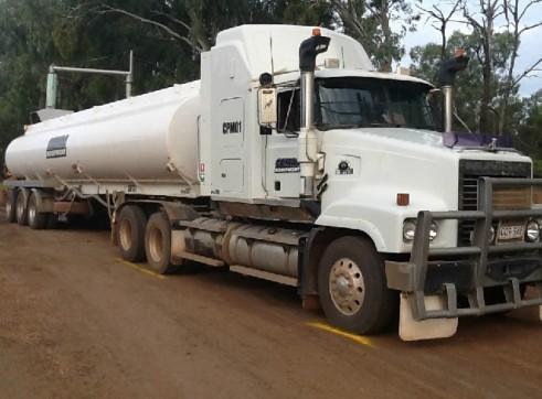 36000L Water tanker 1