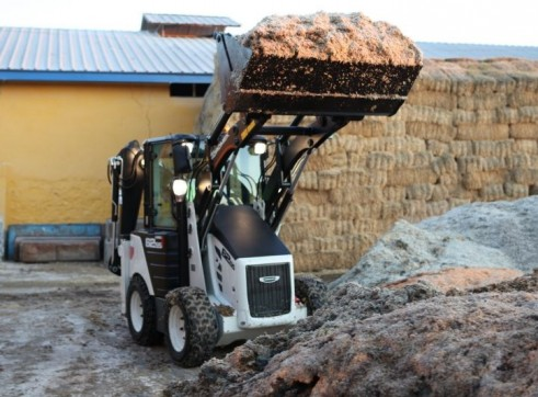 3.8T Hidromek HMK 62SS Backhoe Loader 6