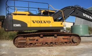 38T Volvo EC380CL Excavator 1