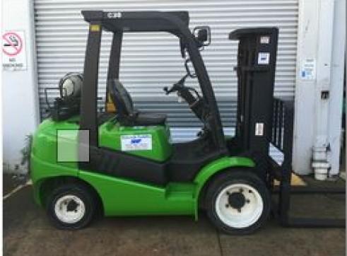 3T  Clark FG30 Forklift
