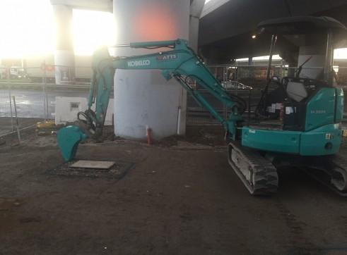 3T SK30 Kobelco Excavator 1
