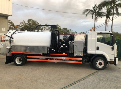 4000L Vac Truck For Dry Hire 1
