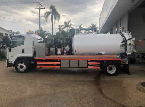 4000L Vac Truck For Dry Hire 2