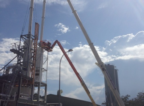 40T Slewing Crane 1