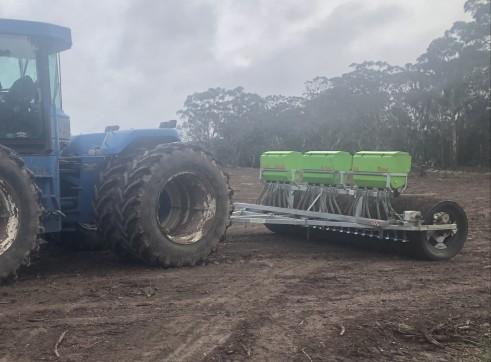 4.3m Farmpro Roller Seeder 1