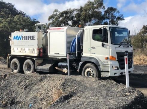 4500L Vacuum Excavation Truck 8