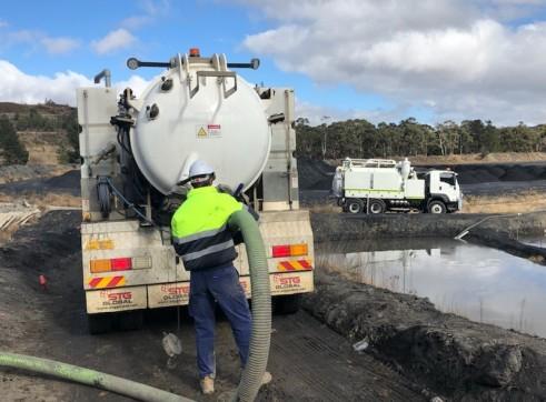 4500L Vacuum Excavation Trucks 10