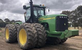 450HP John Deere 9520 Artic Tractor w/duals 1