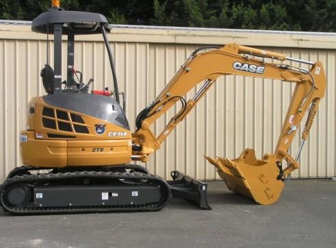 4m Tipper & 3.6T Excavator Combo 2