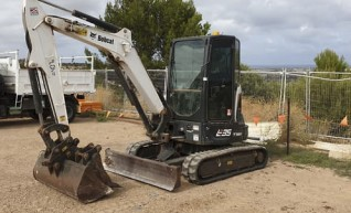 4T Bobcat Excavator 1