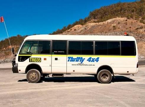 4WD 20 Seat Bus 3