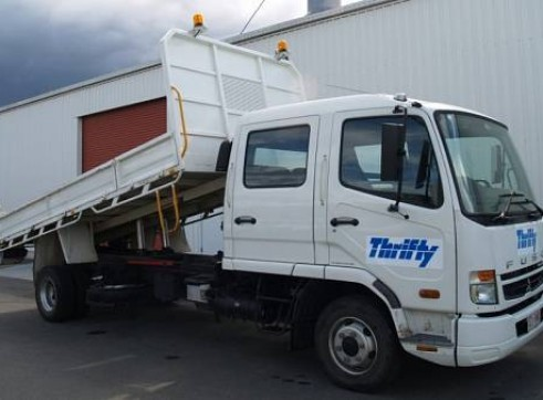 4WD 5 Tonne Dual Cab Tipper Truck, manual 1