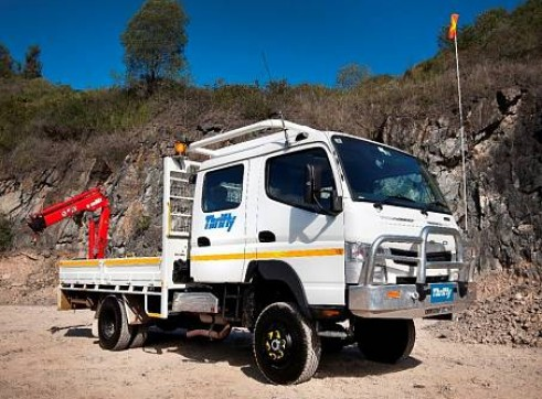 4WD 6 Tonne Single Cab Tray Truck with Crane front mounted, 1