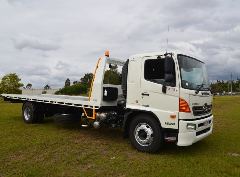 4x2 Tilt Tray Truck  1