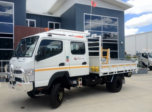 4x4  Canter Crew truck 2