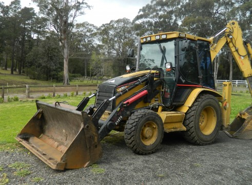 4x4 CAT 432D Backhoe  1