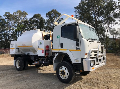 4x4 Fuel Truck 1