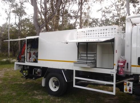 4x4 Service Truck  4