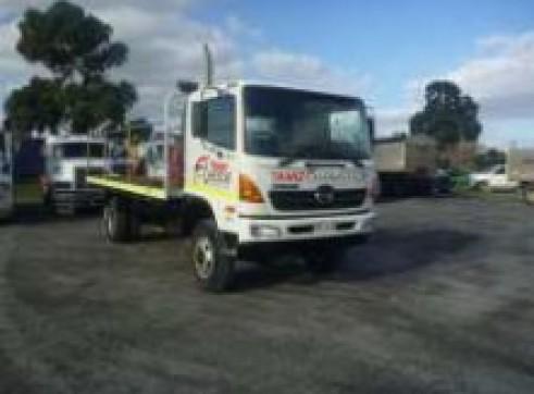 4x4 Single Cab Flatbed Trucks 1