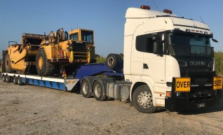 4X8 Low Loader & Dolly >70ton 1