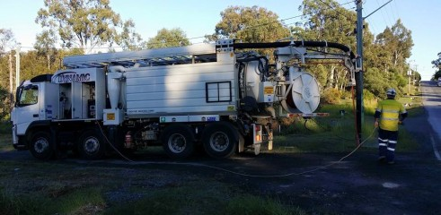 5000L VAC FOR WET HIRE 11