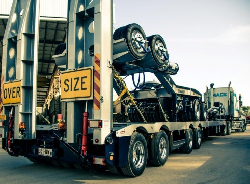 50t and 100t Low Loader, Mack Titan 1