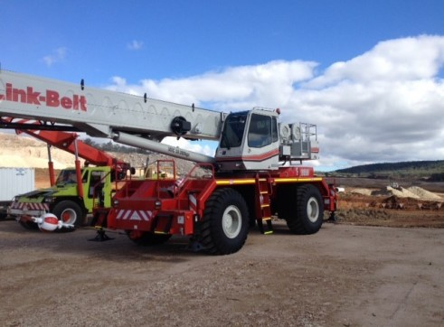 50ton Rough terrain Crane 3