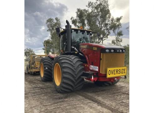 520HP Versatile 4WD Tractor w/Toomey Laser Bucket 3