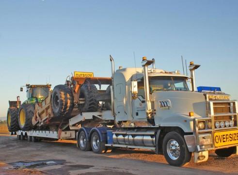 530HP John Deere 9630 Tractor w/14FT Scraper Bucket 2