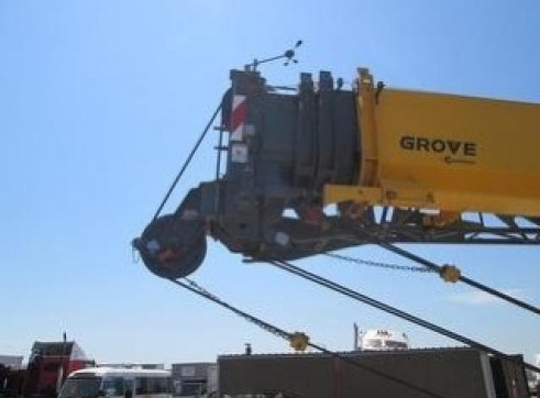 55T Grove Rough Terrain Crane 9