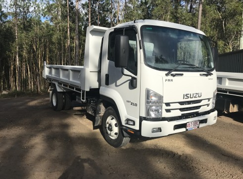 5m Tipper - single axle 2
