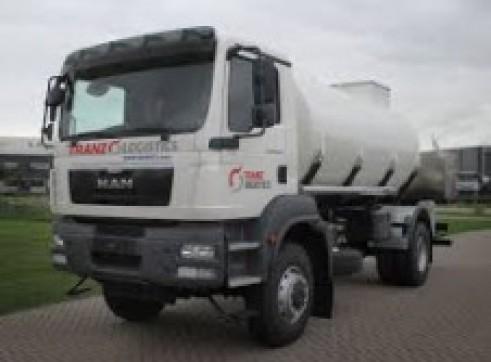 6,000L 4x4 Single Cab Fuel Truck 1