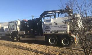 6000L Hydro Vac Truck  1