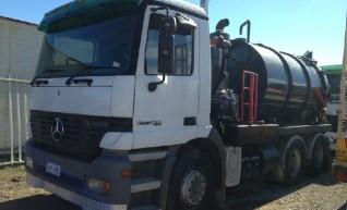 6000L Hydro-vac Truck 1
