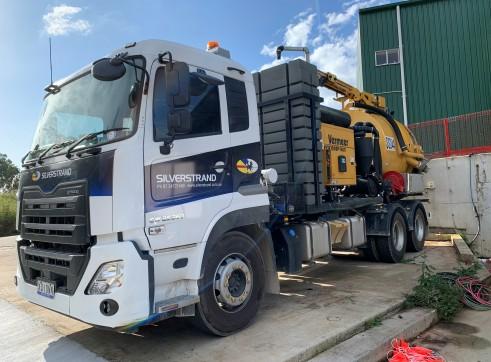 6000L Vacuum Excavation Truck for Hire 3