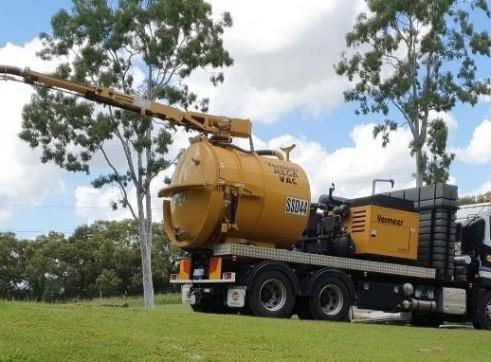 6000L Vacuum Excavation Truck for Hire 6