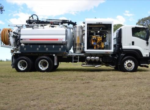 6000L Vacuum Excavation Truck 1