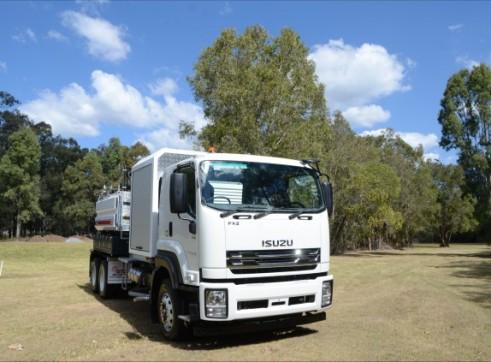 6000L Vacuum Excavation Truck 5