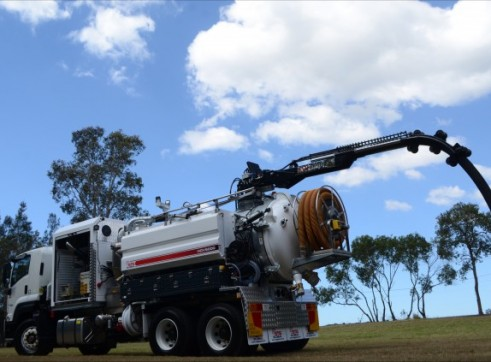 6000L Vac Excavation Truck 1