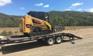 60HP Caterpillar 247B Posi-Track Loader - 3 tonne 1