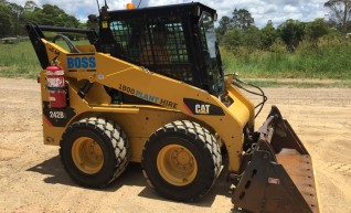 61HP Caterpillar Skid Steer - Wheeled 1