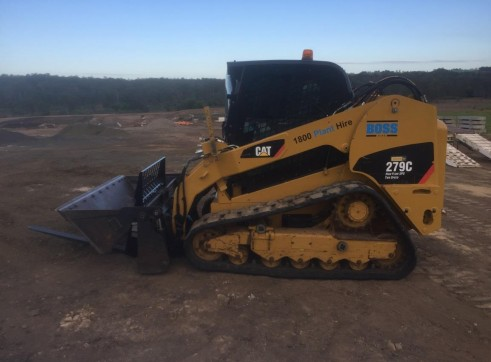 61HP Tracked Loader 3