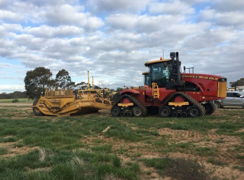 620HP Versatile 4WD Tractor w/GPS 3