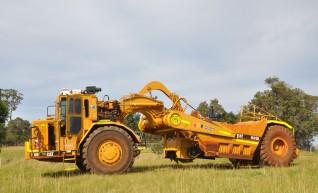 631D Scraper w/stump grinder mulcher 1