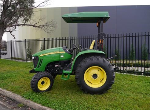 66HP John Deere 4720 Tractor with ROPS  2
