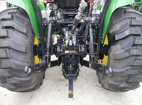 66HP JOhn Deere 4720 Tractor with ROPS