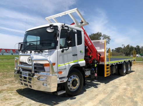 6x4 Crane Truck 2