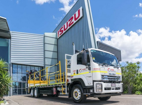 6x4 Flatdeck Crane Truck with 9m Tray 3