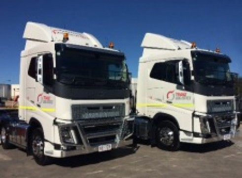 6x4 Sleeper Cab Prime Movers – Road Train Rated